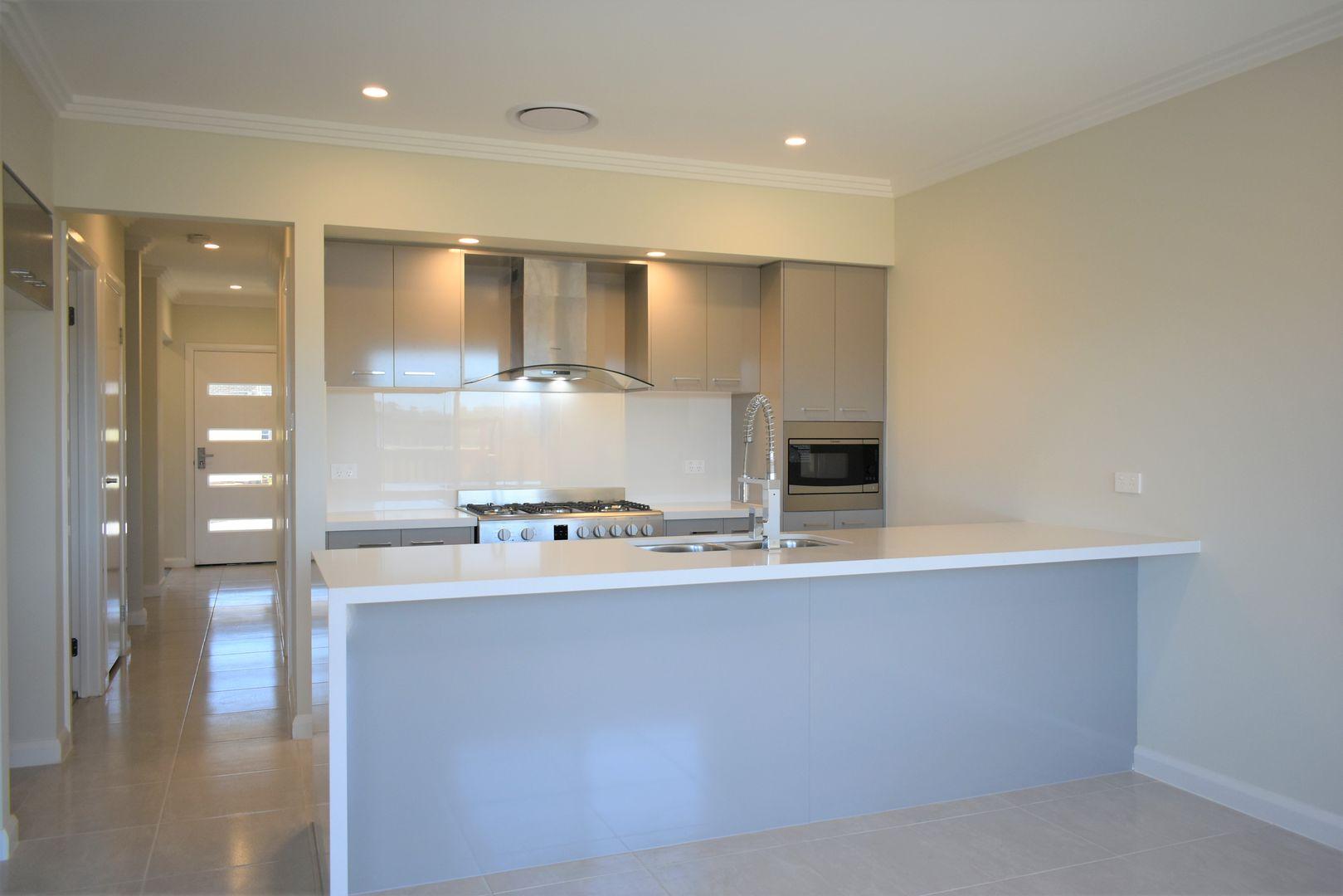 138 Pridham Avenue, Box Hill NSW 2765, Image 2