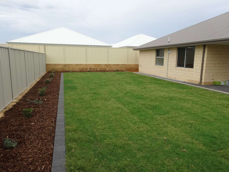4 Morningstar Grange, Wandina WA 6530, Image 2