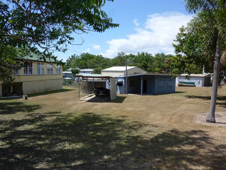 8 Coconut Grove, Ball Bay QLD 4741, Image 1