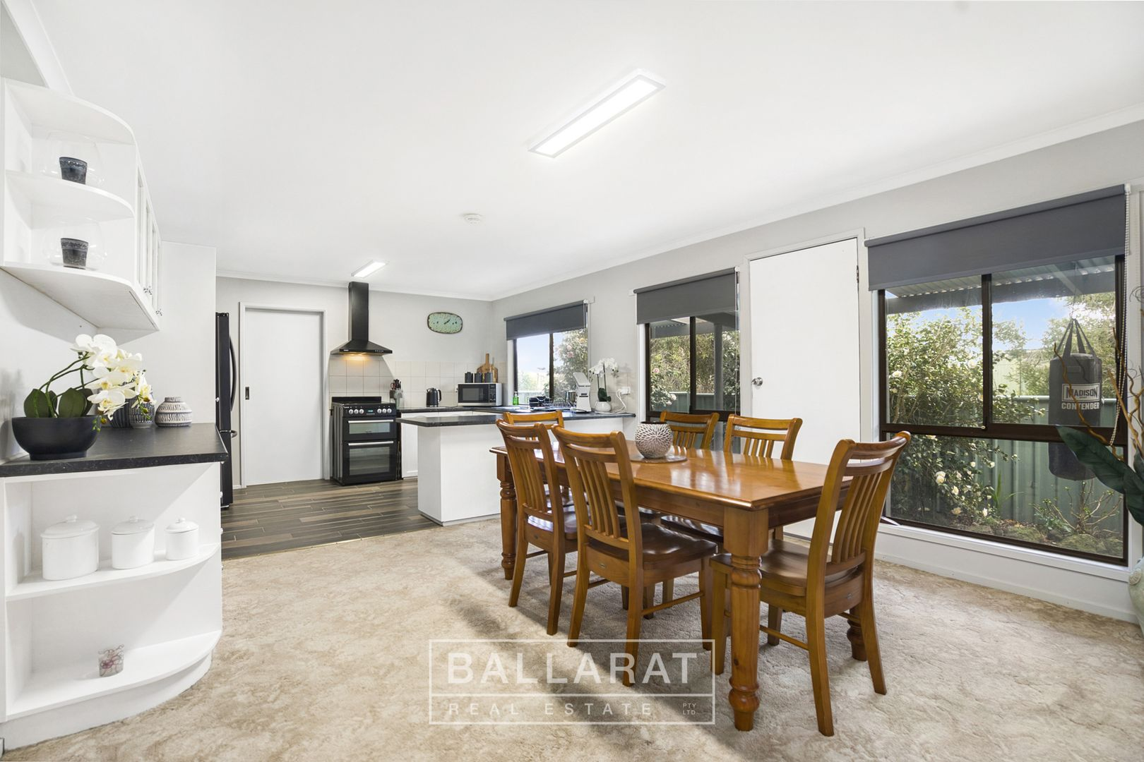 20 Willoby Street, Beaufort VIC 3373, Image 2