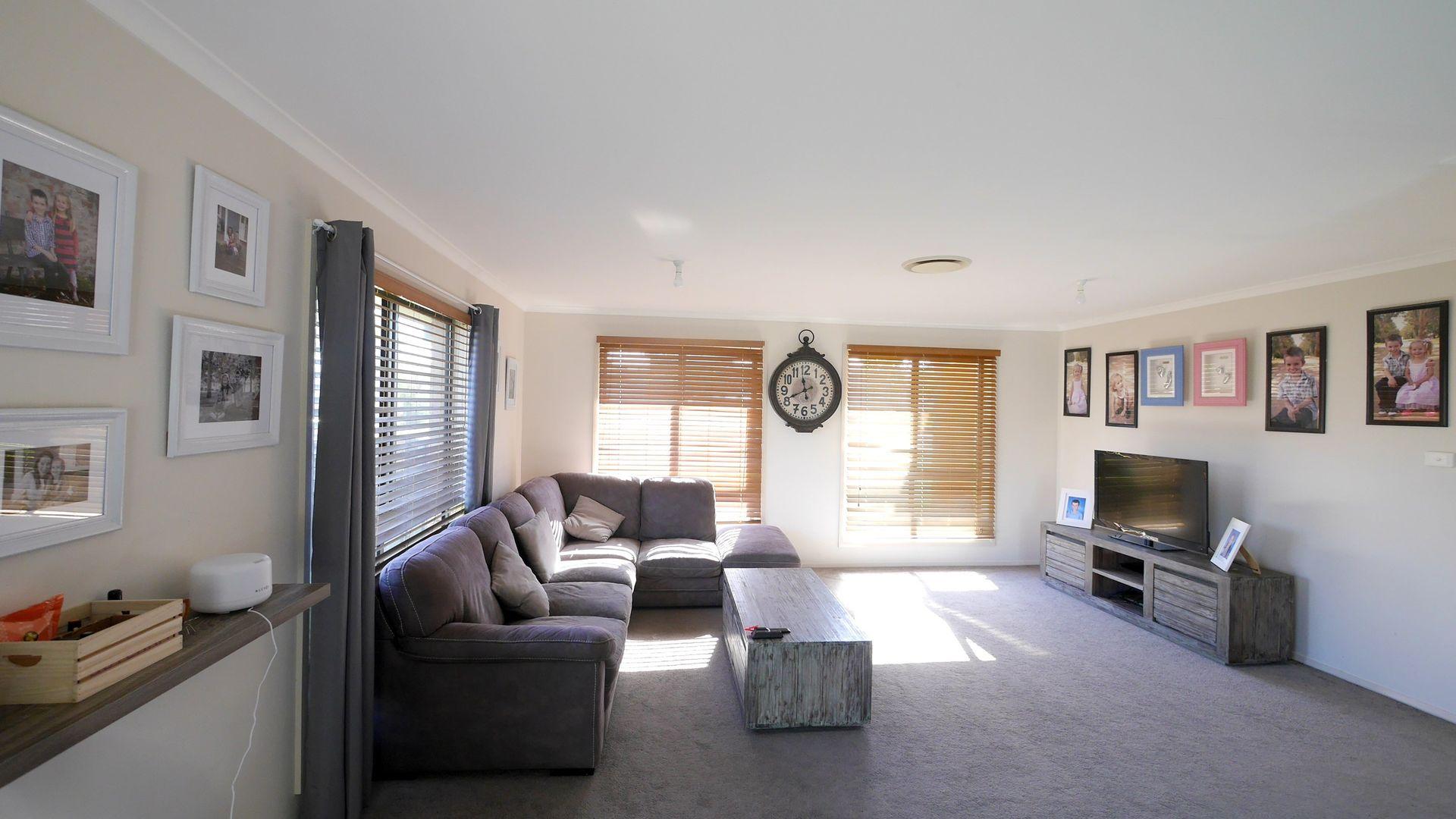 3 Myall Street, Cowra NSW 2794, Image 2