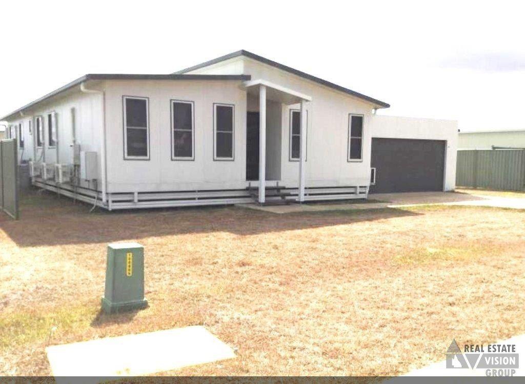 16 Hunter St, Blackwater QLD 4717, Image 1