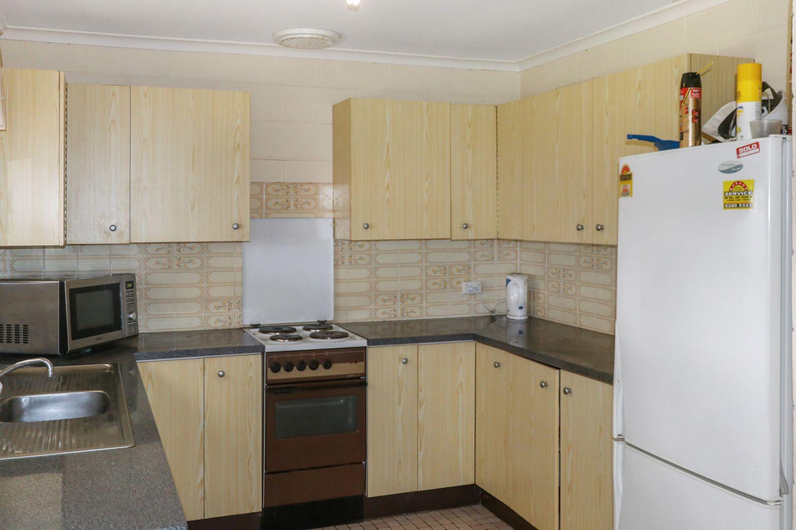 24 Wootten Street, West Wyalong NSW 2671, Image 1