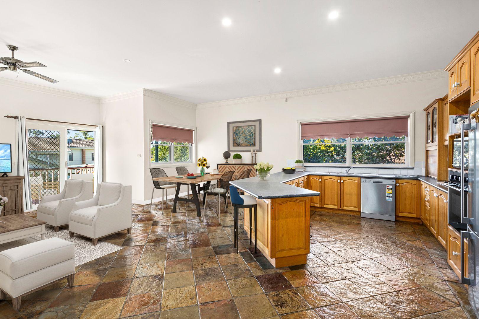 37 Gray Street, Woonona NSW 2517, Image 2