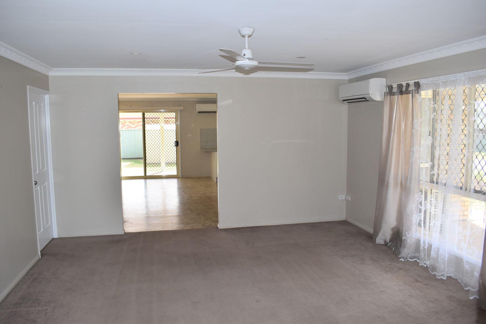 26 Jeppesen Drive, Emerald QLD 4720, Image 2