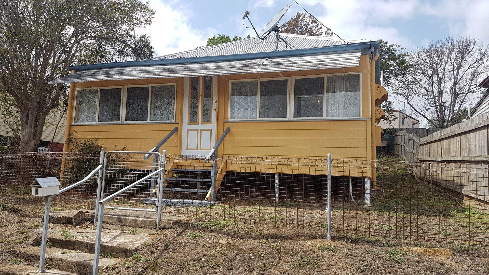 8 River Street, Mount Morgan QLD 4714, Image 0