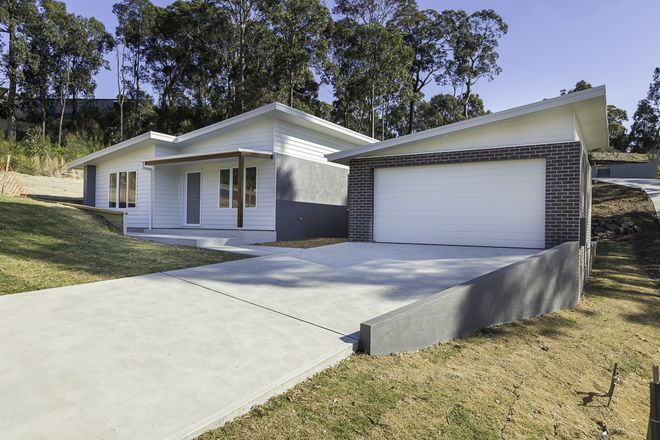 11 Bowerbird Place, MALUA BAY NSW 2536
