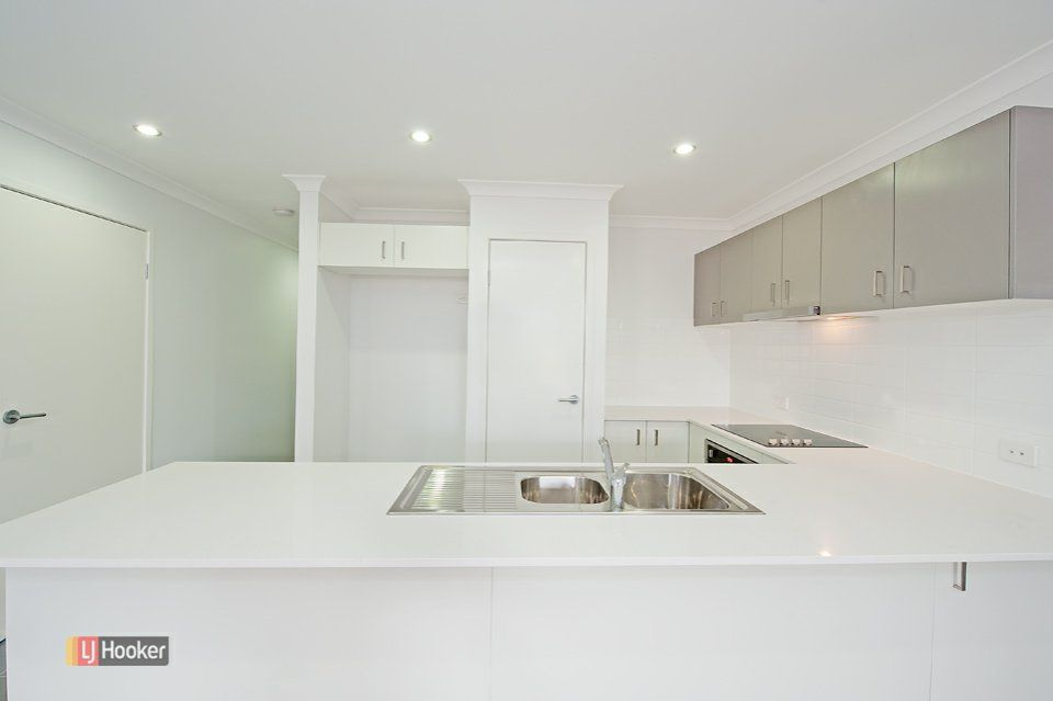 1/2 Sullivan Street, Dakabin QLD 4503, Image 2