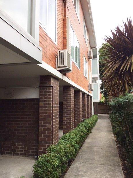 13 Hartpury Avenue, Elwood VIC 3184, Image 1