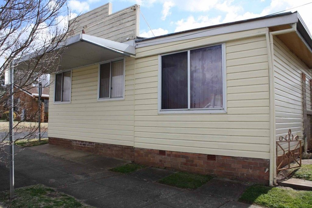 96 Wentworth Street, Glen Innes NSW 2370, Image 0