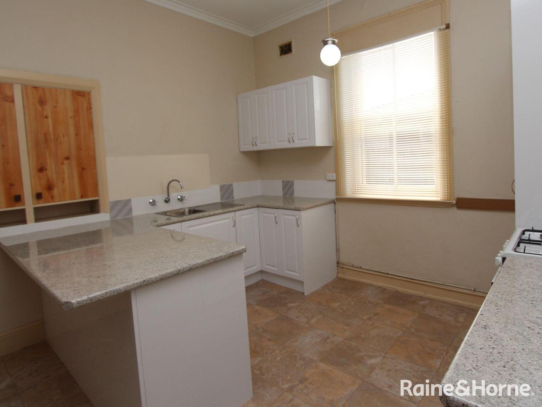 1/202 Durham, Bathurst NSW 2795, Image 1