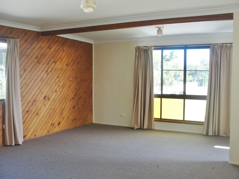 8 Gerrand Street, Loganlea QLD 4131, Image 1