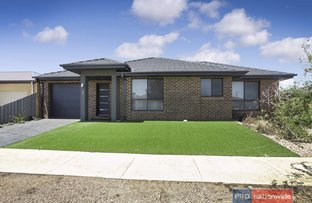 Picture of 1/2 The Grove, Melton West VIC 3337