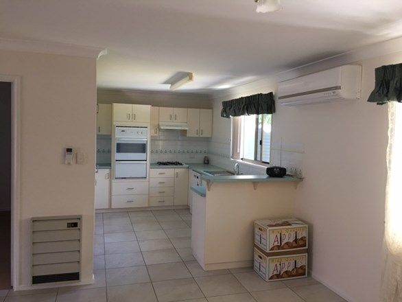 28 Thompson St, Stanthorpe QLD 4380, Image 2