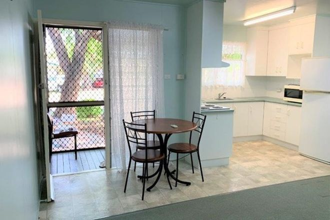 Picture of Flat 1 & 2/31 Arnold Street, BLACKWATER QLD 4717