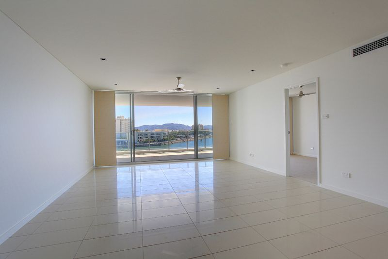 703/69 Palmer Street, South Townsville QLD 4810, Image 2