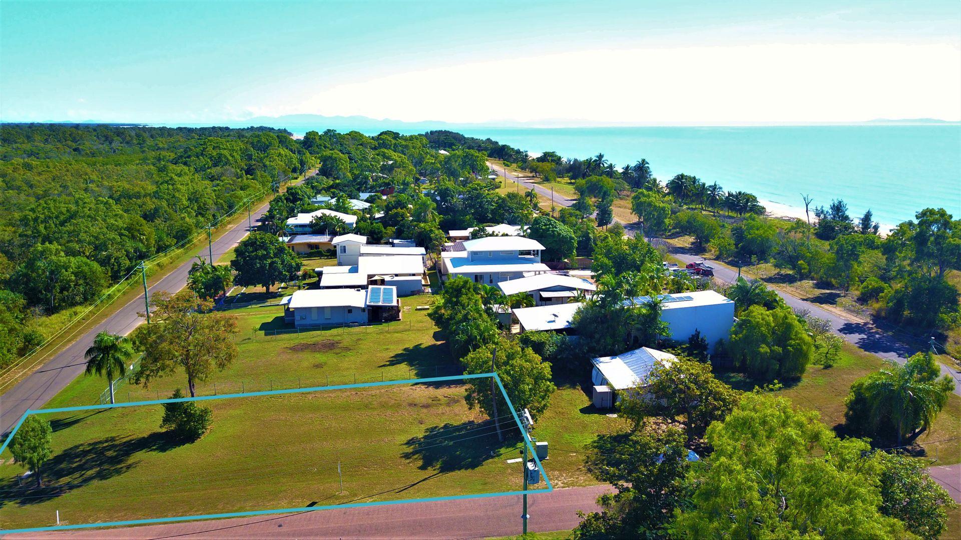 24 Marlin Street, Balgal Beach QLD 4816, Image 0