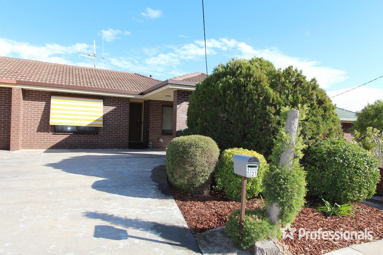 2/37 Short Street, Kangaroo Flat VIC 3555, Image 0
