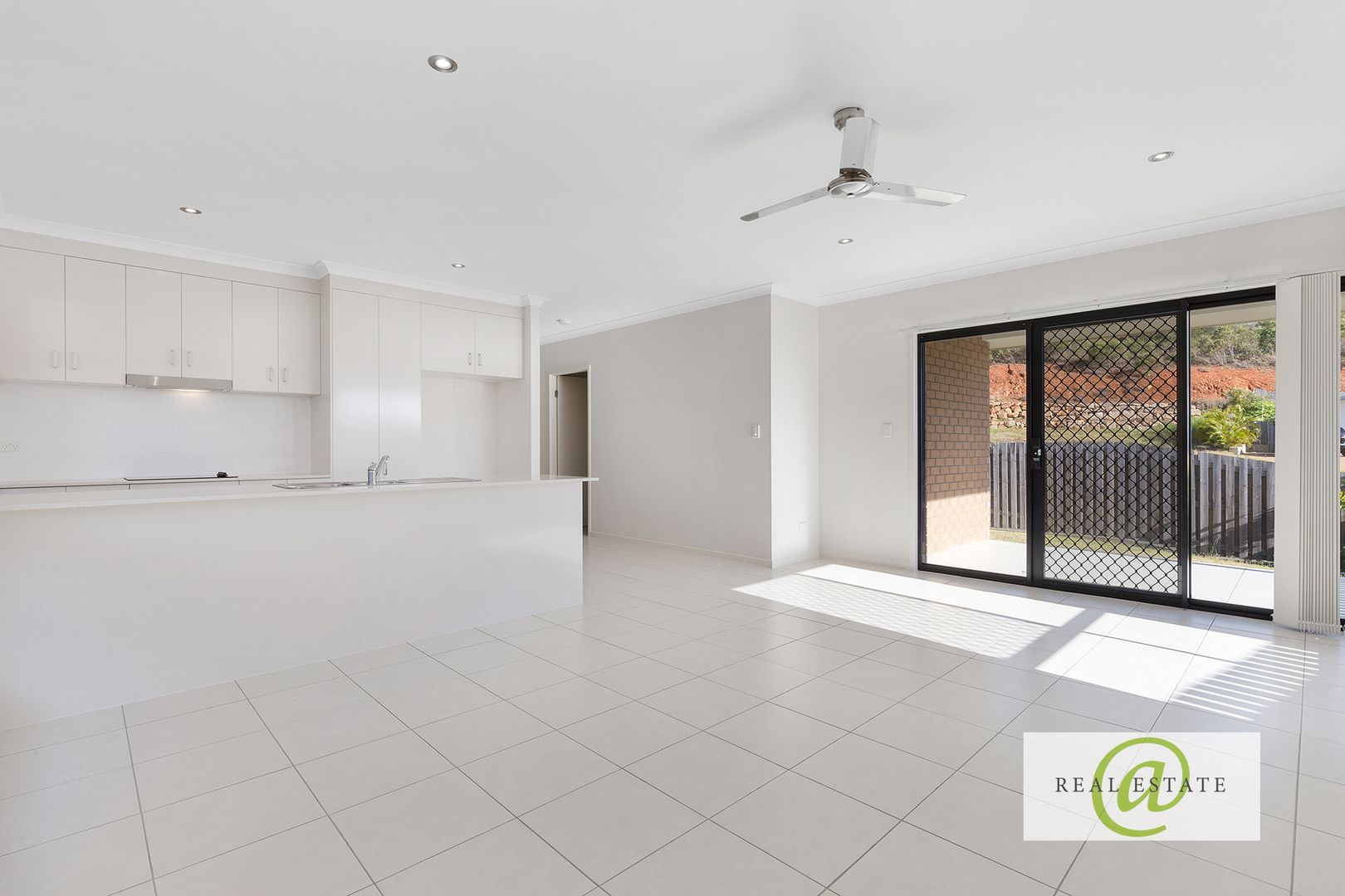 1/2 Gardener  Street, Lammermoor QLD 4703, Image 2
