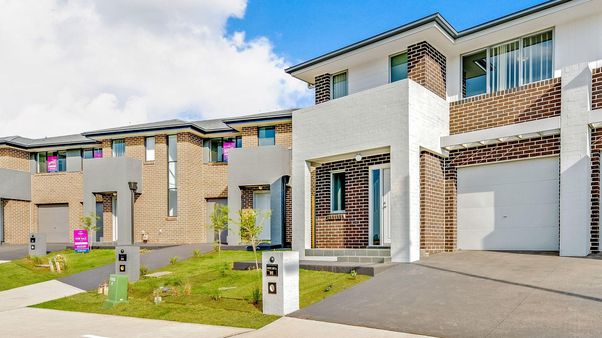 91 Ingleburn Gardens. Drive, Bardia NSW 2565, Image 2