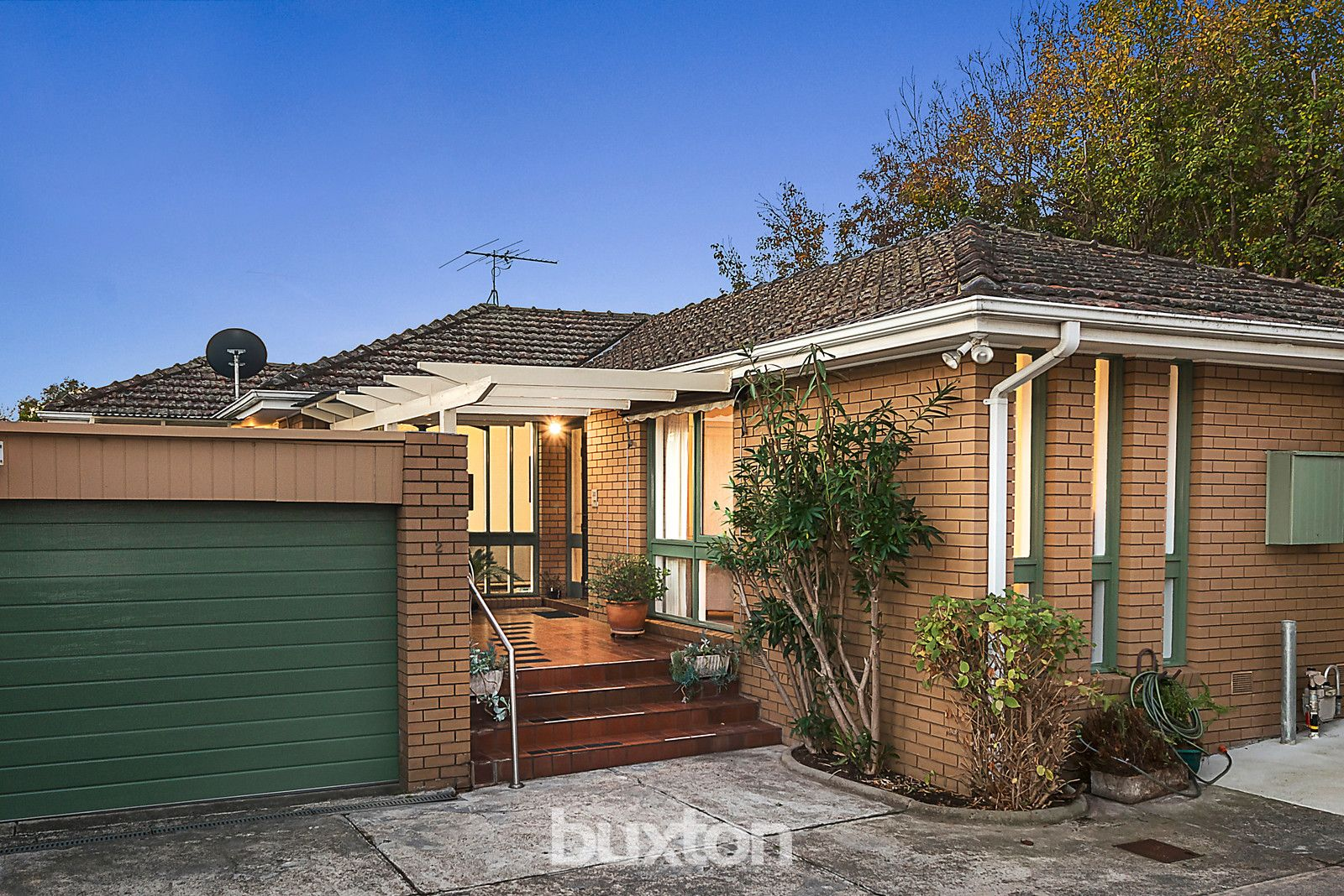 2/11 Callanish Road, Camberwell VIC 3124, Image 0