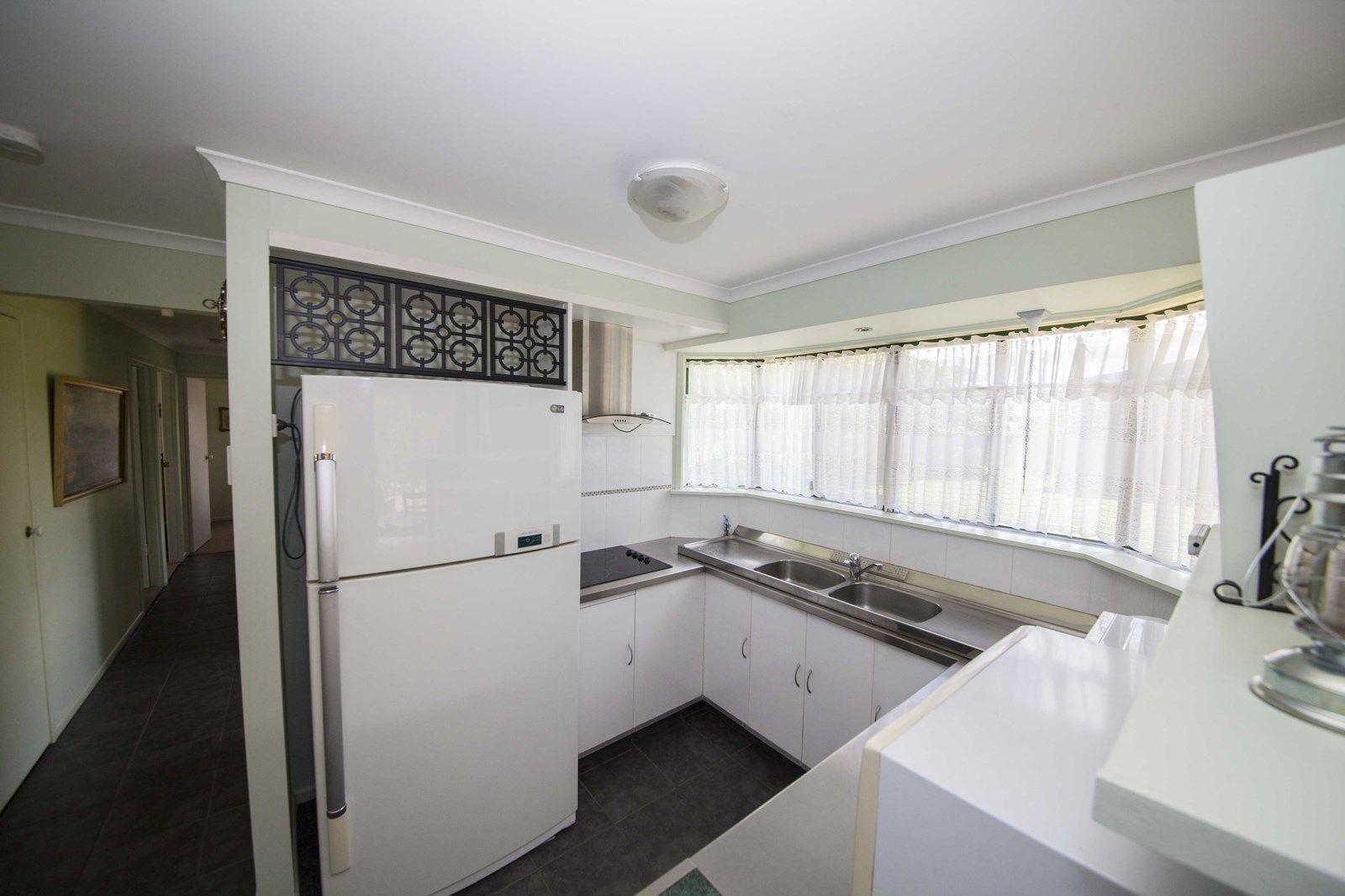14 Jasmine Court, Tinana QLD 4650, Image 2