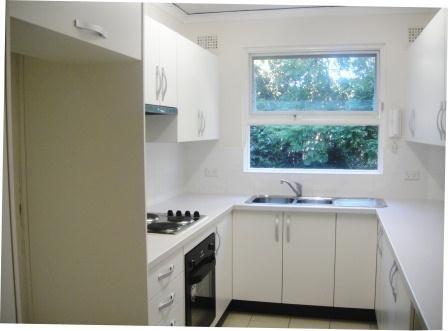 12A/25 Crowsnest Road, Waverton NSW 2060, Image 2
