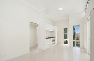 Picture of 2/43 Hooley Road, Midland WA 6056
