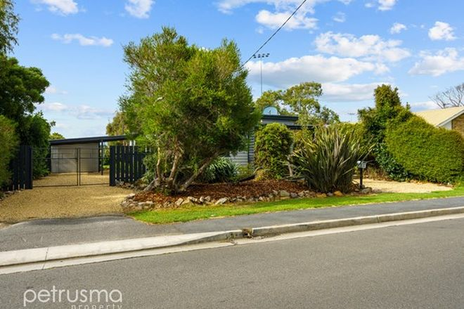 Picture of 31 Bayview Road, LAUDERDALE TAS 7021