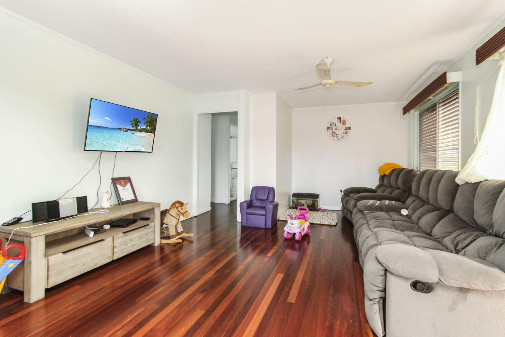 17 Marlynda Avenue, Cranbrook QLD 4814, Image 2
