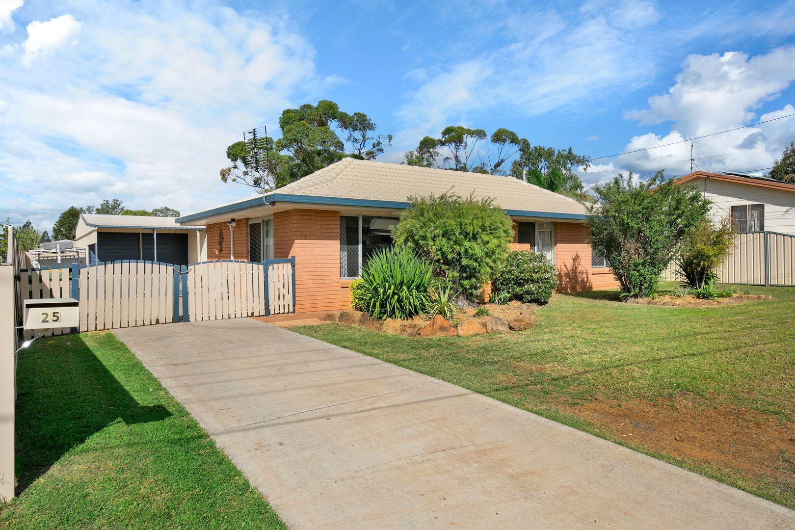 25 Desmond Lane, Oakey QLD 4401, Image 0