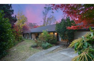 Picture of 9 Farnham Avenue, Wentworth Falls NSW 2782