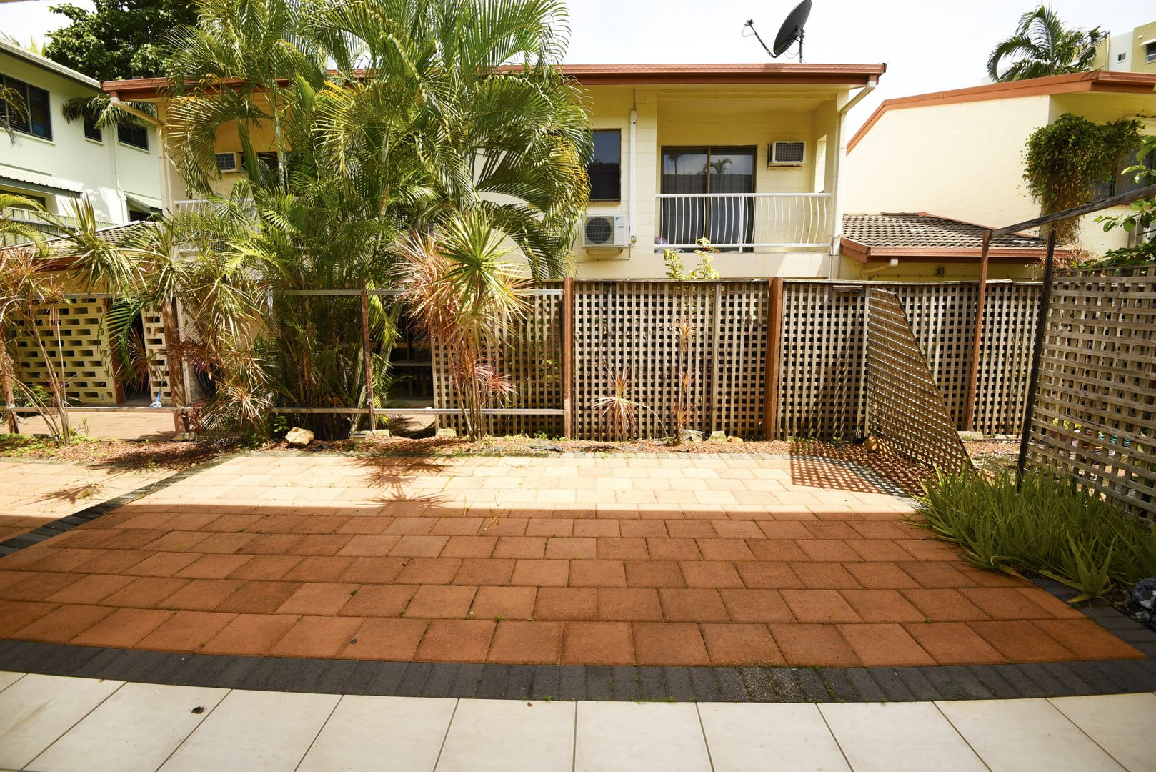 2/2 Gardens Hill Crescent, The Gardens NT 0820, Image 1