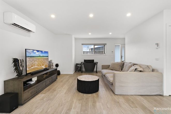Picture of 2/16 Travers Street, THOMASTOWN VIC 3074