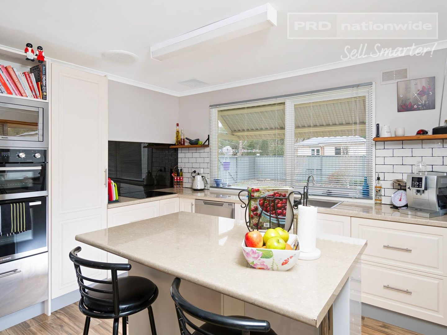 29 Norman Street, The Rock NSW 2655, Image 2