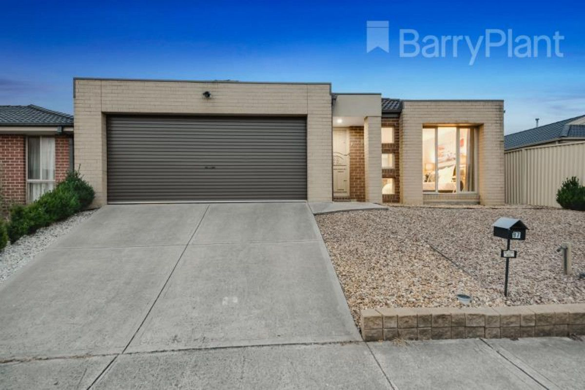 97 Blue Horizons Way, Pakenham VIC 3810, Image 0