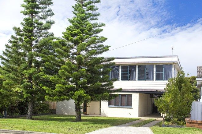 Picture of 28 Powell Avenue, ULLADULLA NSW 2539