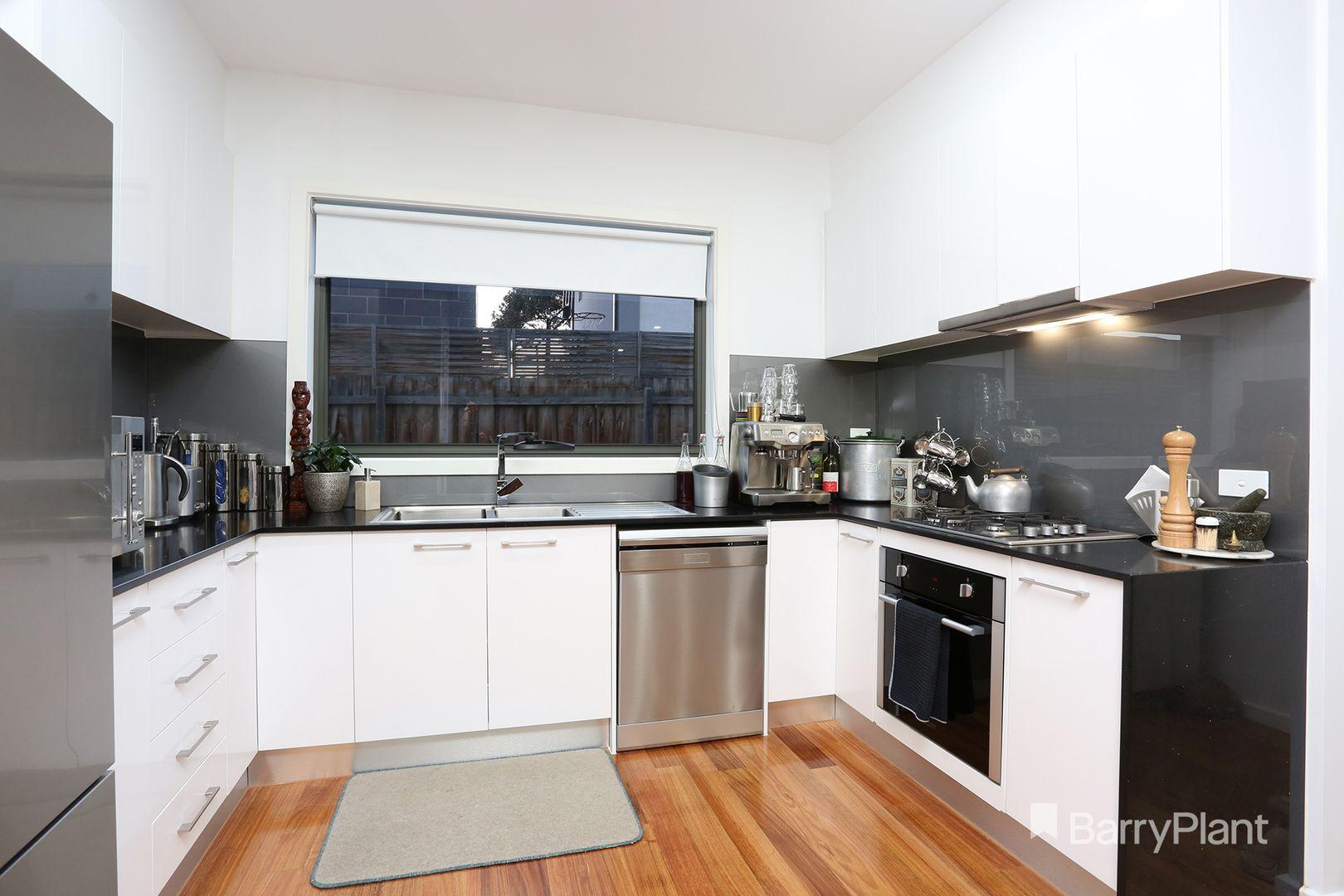 2/29 Melbourne Avenue, Glenroy VIC 3046, Image 2