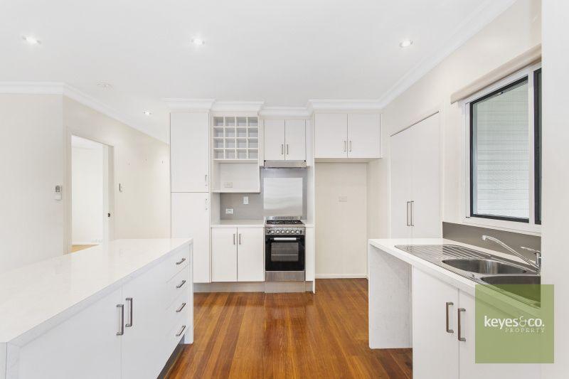 24 Carr Street, Hermit Park QLD 4812, Image 2