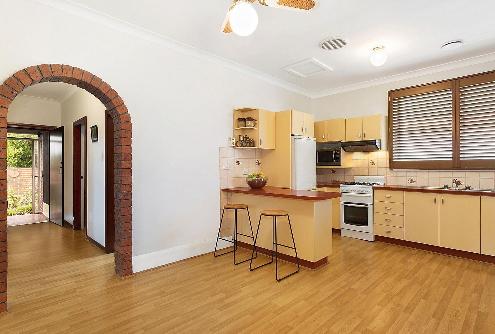 139 President Avenue, Monterey NSW 2217, Image 2