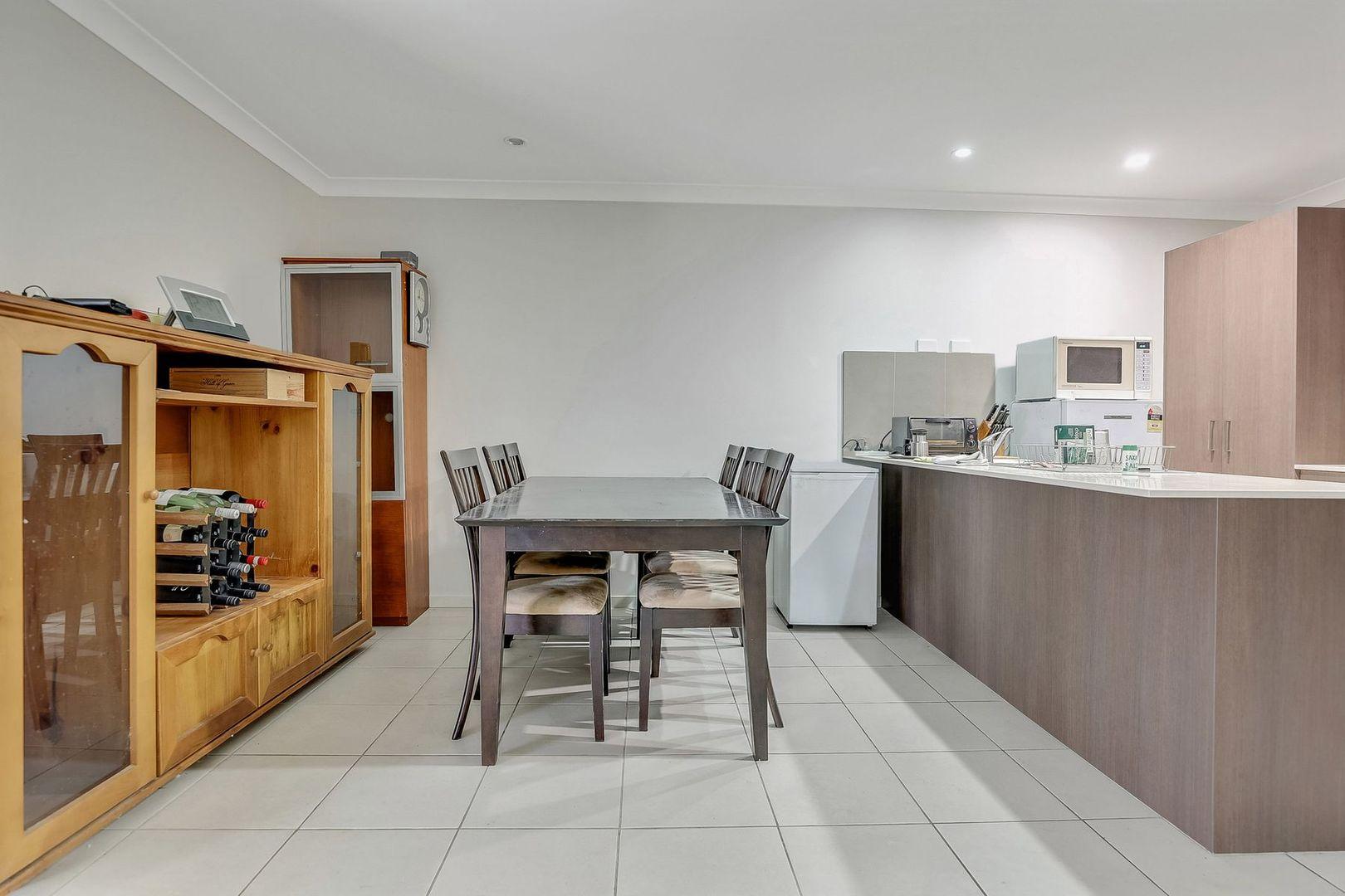 1/55 Amber Close, Kelso NSW 2795, Image 2
