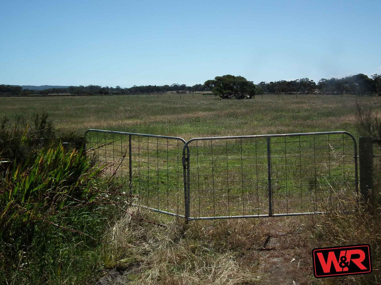 10 Lake Saide Road, Youngs Siding WA 6330, Image 2