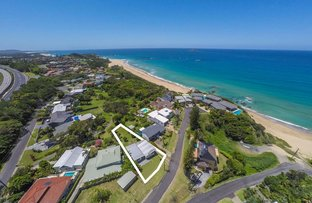 Picture of 31 Sapphire Crescent, Sapphire Beach NSW 2450