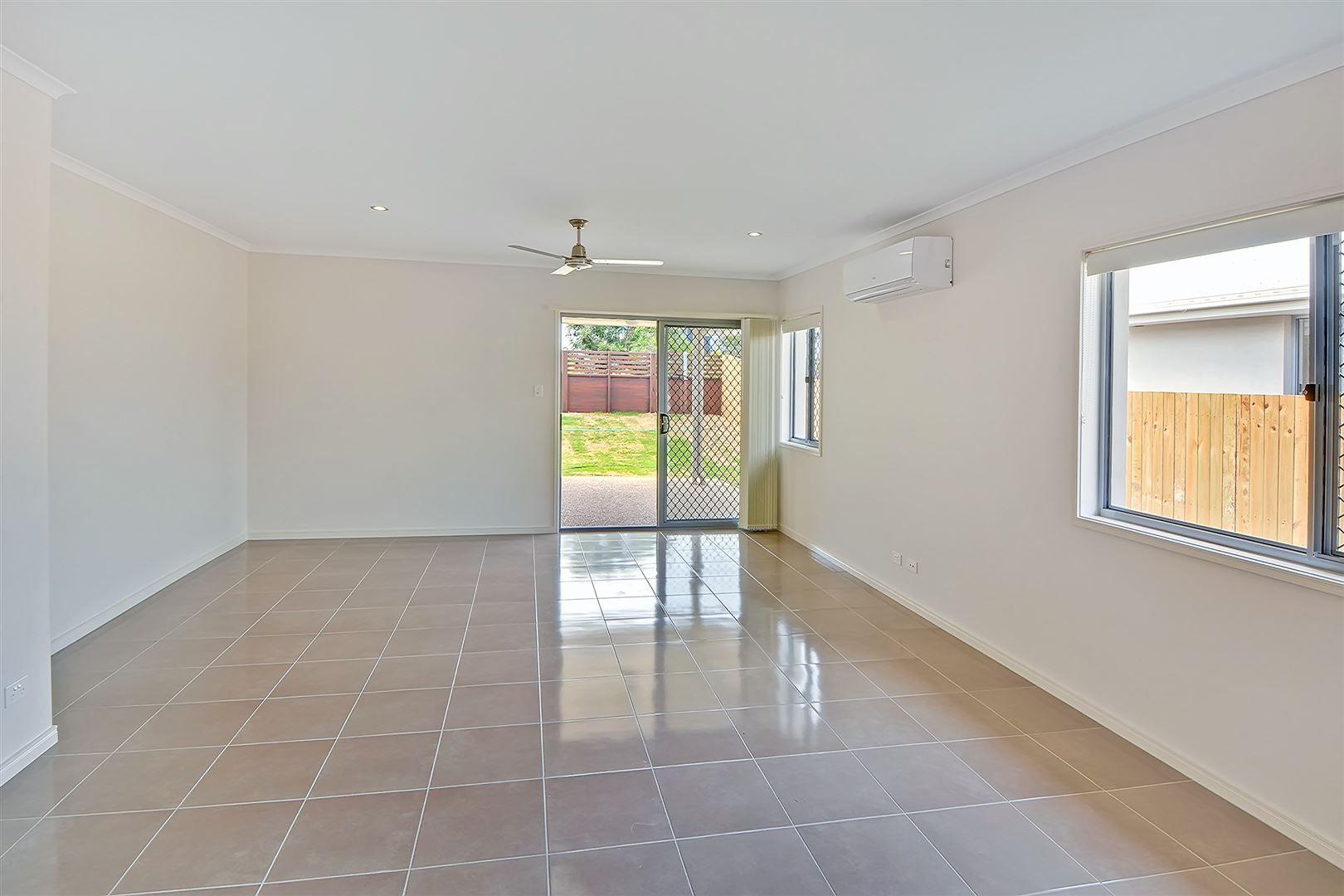 25 Promontory Street, Birtinya QLD 4575, Image 2