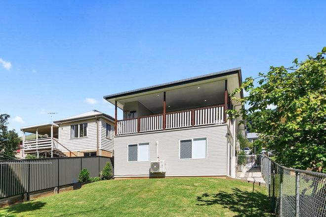 Picture of 20 Corn Street, HOLLAND PARK WEST QLD 4121