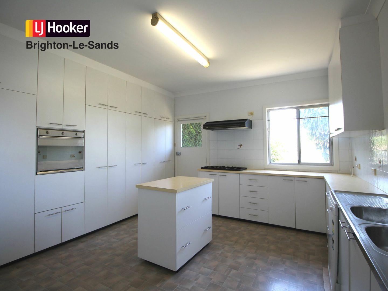 16 Segenhoe Street, Arncliffe NSW 2205, Image 2
