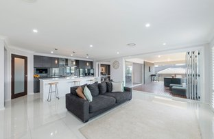 Picture of 8 Stan Crescent, Bonnells Bay NSW 2264