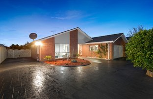 Picture of 2 Michael Court, Hillside VIC 3037