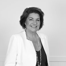 Kate Cox, Sales representative