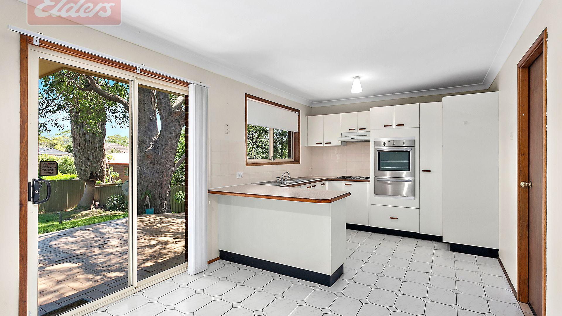 117 Oak Road (at rear), Kirrawee NSW 2232, Image 2